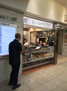 Doughnut Plant, Shinjuku Store Front